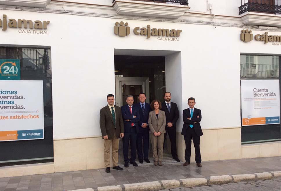 Cajamar abre nueva oficina en osuna el pespunte osuna for Oficinas de cajamar