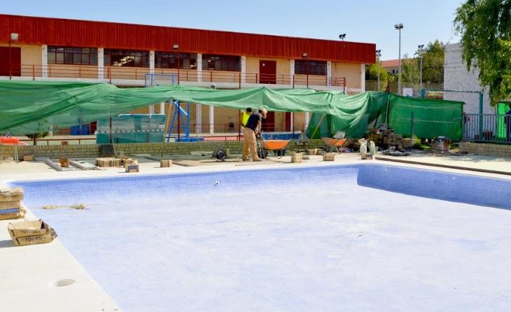 Se reforman las piscinas del polideportivo municipal de for Piscina polideportivo